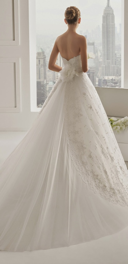 Rosa Clara 2015 Bridal Collection 009
